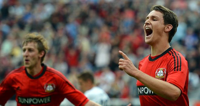 Philipp Wollscheid added Leverkusen's second