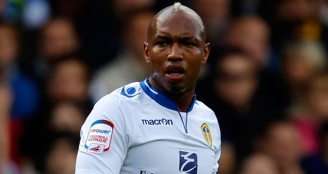 El-Hadji Diouf: 18-month contract at Leeds United