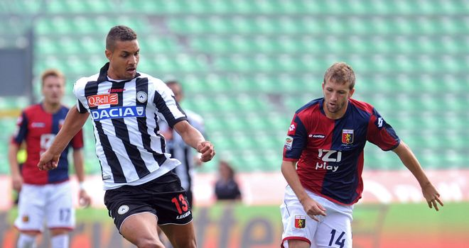 Mathias Ranegie in action for Udinese.