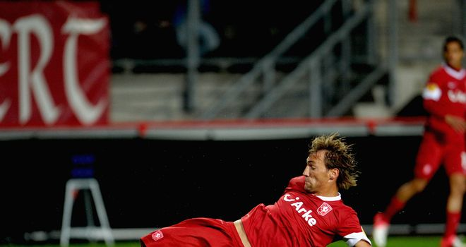 Willem Janssen scores for Twente