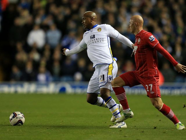 El-Hadji Diouf tries to get clear of Richard Chaplow