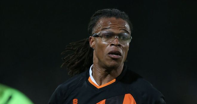 Edgar Davids: Suspended for Bees