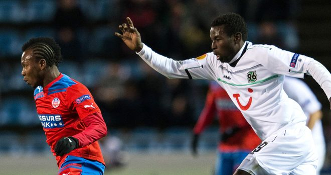 Mame Biram Diouf gives chase to May Mahlangu