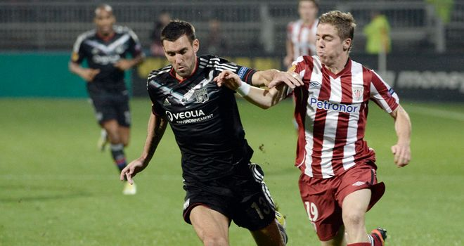 Iker Muniain: Gives chase to Anthony Reveillere
