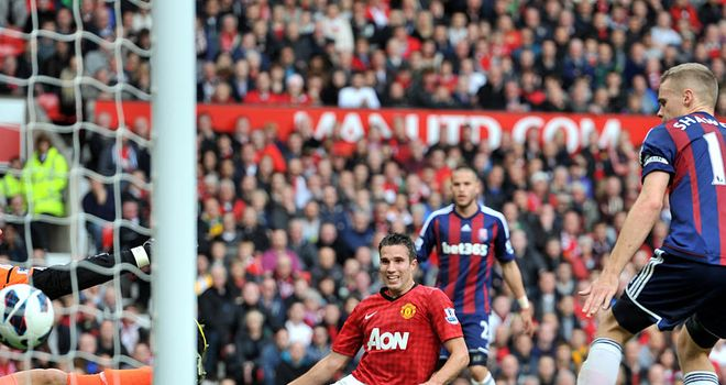 Robin van Persie: First meeting with former club Arsenal for Manchester United striker