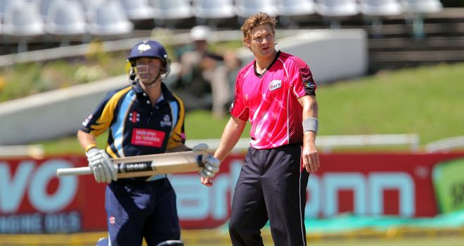 Shane Watson: Another injury worry for Australia