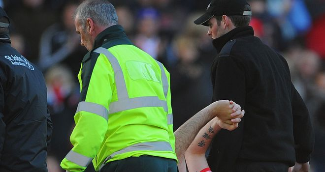 Marc Wilson: Had to be stretchered off against Sunderland