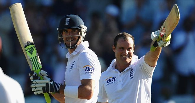 Andrew Strauss and Kevin Pietersen in happier times playing for England