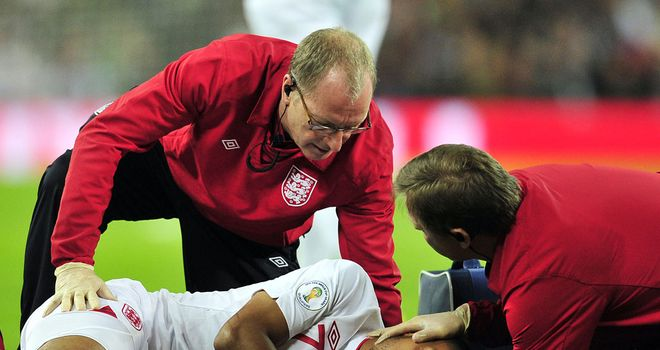 Injured Theo Walcott ruled out of Poland clash