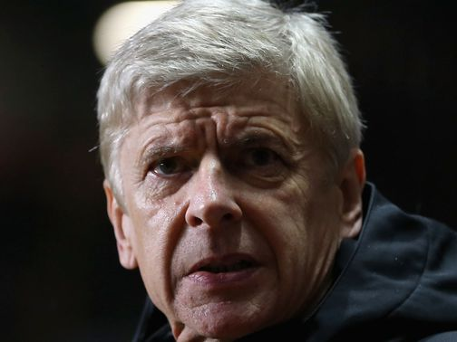Arsene Wenger: Shrugs off &#39;extreme opinions&#39;
