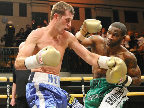 Larry Ekundayo (R) knocked out pre-tournament favourite Craig McEwan (pic leighdawneyphotography.com)