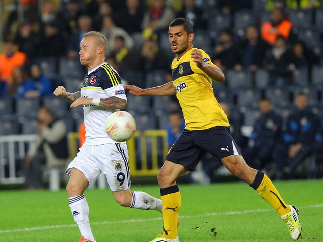 Michalis Konstantinou in action for AEL