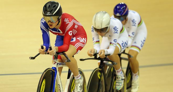 Team pursuit: Winning trio powered along by new girl Elinor Barker