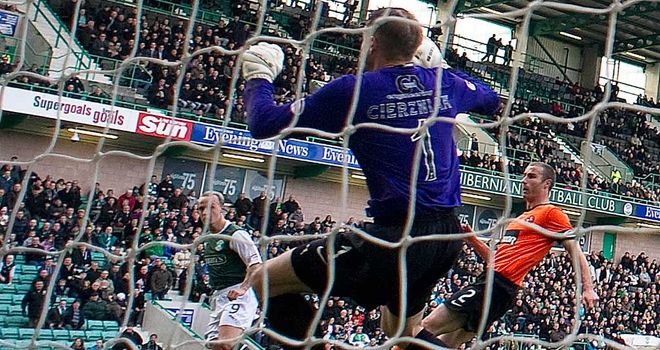 Leigh Griffiths: Opens the scoring at Easter Road