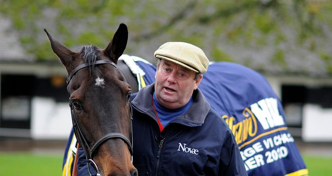 Nicky Henderson: Will run Roberto Goldback