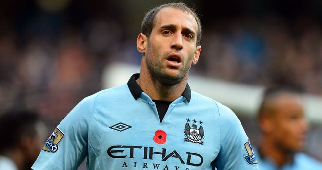 Pablo Zabaleta: Manchester City are 'there to be shot at' in Premier League title race