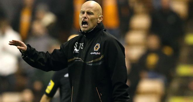 Stale Solbakken: Holds his hands up