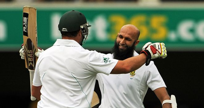 Hashim Amla (R) and Jacques Kallis: Both went on to complete their centuries