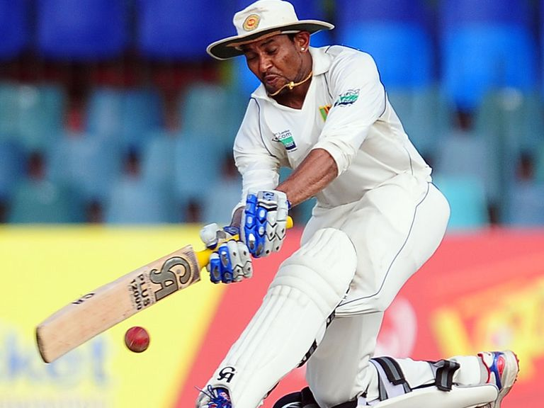 Tillakaratne Dilshan: Weighing up his opttions