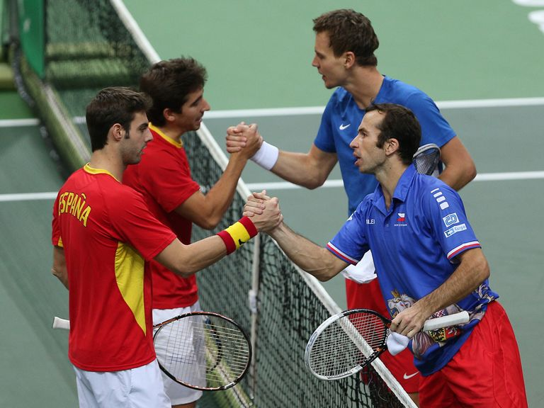 The Czechs (right) won Saturday's doubles rubber