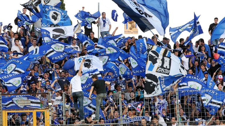 Bastia: Suffer three-game stadium ban