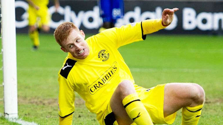 Eoin Doyle: Helped Hibs to Scottish Cup final