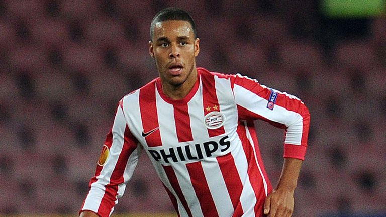 Mathias Jorgensen: Scored for PSV