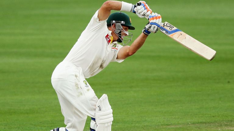 Mike Hussey: Weather worries shouldn't affect experienced England side