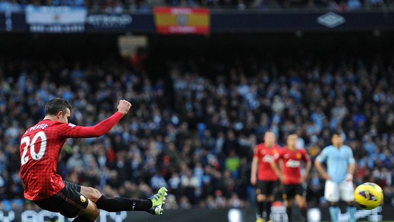 Robin van Persie scores Manchester United's winner at City last season