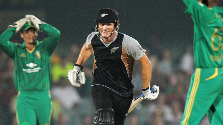 Martin Guptill won the match with a four off the final delivery.