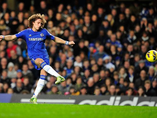 Scolari won't risk Chelsea defender Luiz against England