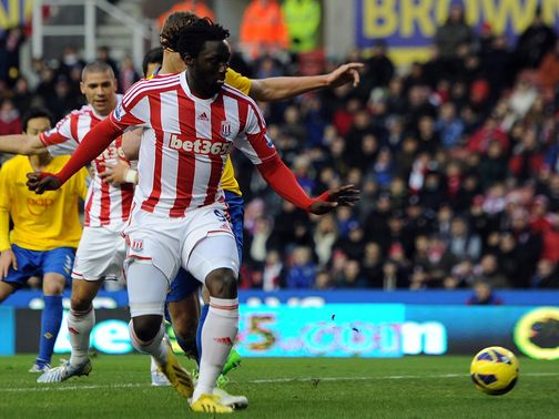 Kenwyne Jones flicks home against Southampton