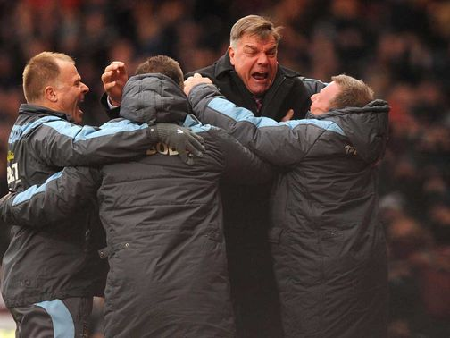 Allardyce celebrates West Ham&#39;s victory