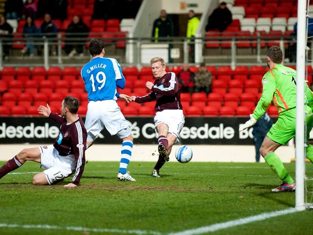 Andrew Driver scores for Hearts