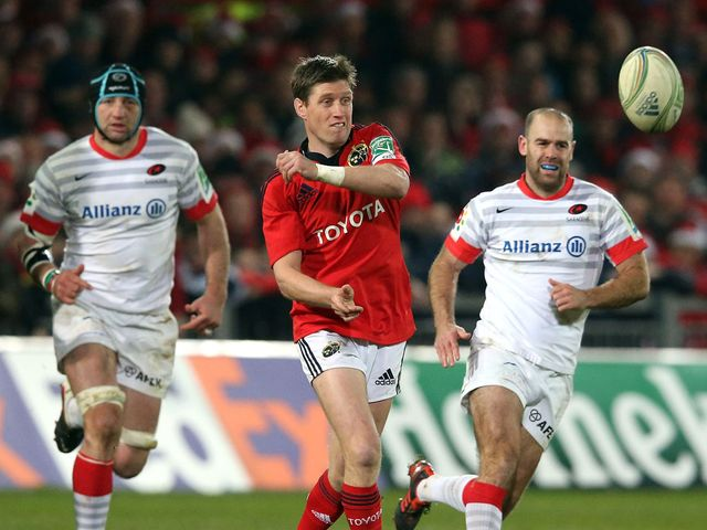 Ronan O'Gara gets a pass away