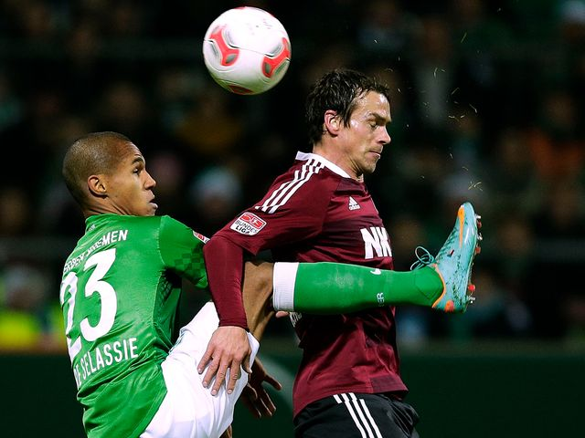 Markus Feulner (r): Has signed new deal with Nurnberg