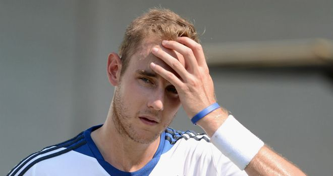 Stuart Broad will return home to rest after suffering a bruised heel