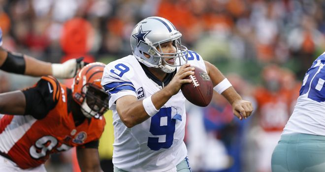 Tony Romo: Dallas QB escapes from the pocket under pressure