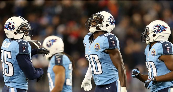 Jason McCourty (c) of the Tennessee Titans celebrates an interception
