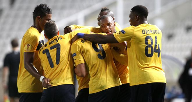 AEL celebrate against Marseille