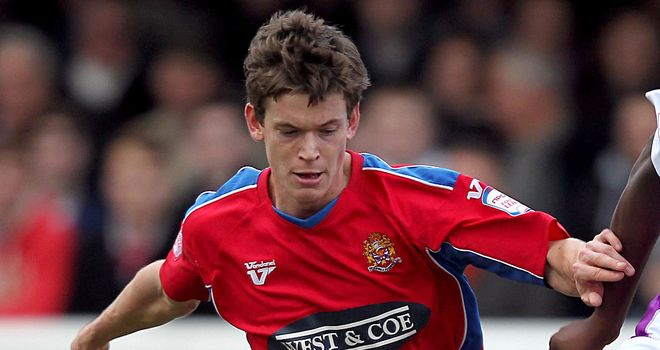 Billy Bingham: Could start for Daggers