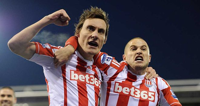 Dean Whitehead: Set to be offered an extension to his current deal