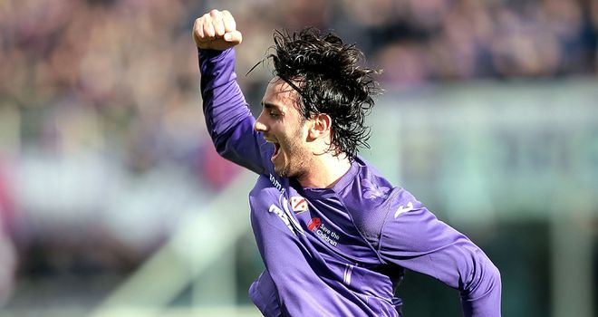 Alberto Aquilani celebrates his goal.