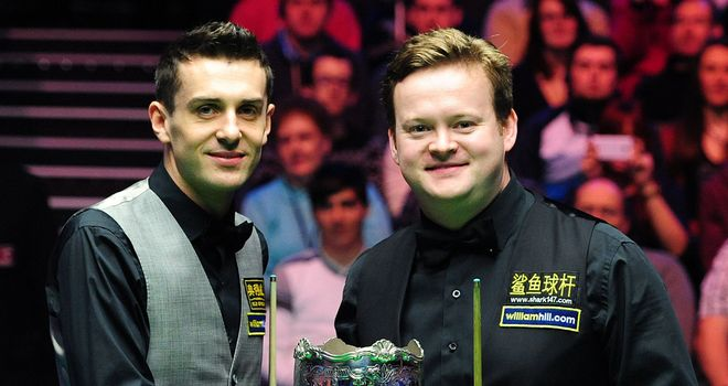 Mark Selby and Shaun Murphy: fighting it out for the title at the Barbican Centre in York