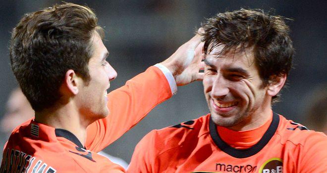 Maxime Barthelme celebrates with Pedrinho