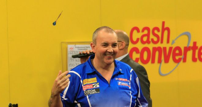 Phil Taylor: Dramatic comeback to beat Andy Hamilton (pic - Lawrence Lustig)