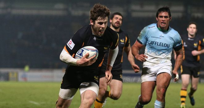 Elliot Daly: New long-term contract for Wasps youngster