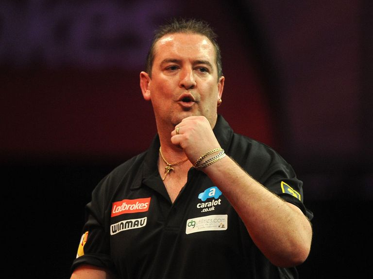 Dean Winstanley: Nine dart finish