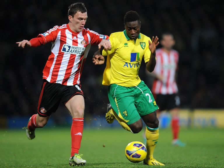 Craig Gardner in action as Sunderland lose at Norwich.