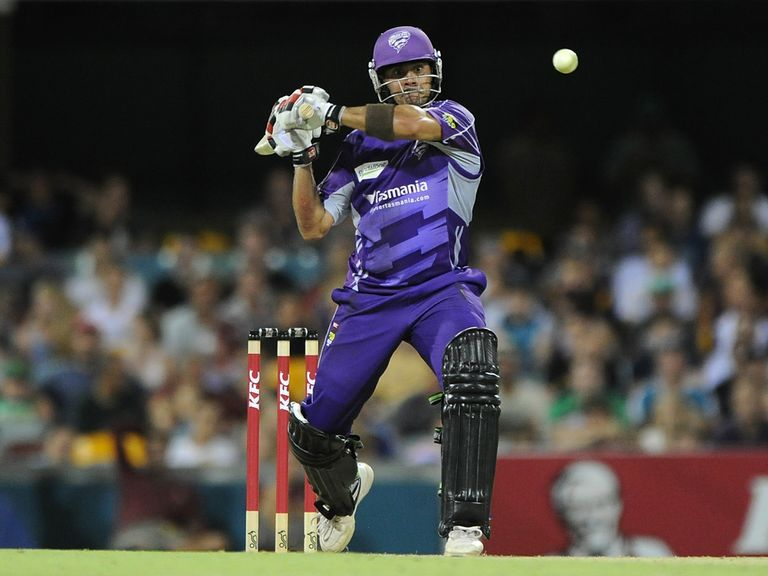 Shah: Hit three 4s and two 6s in unbeaten 36